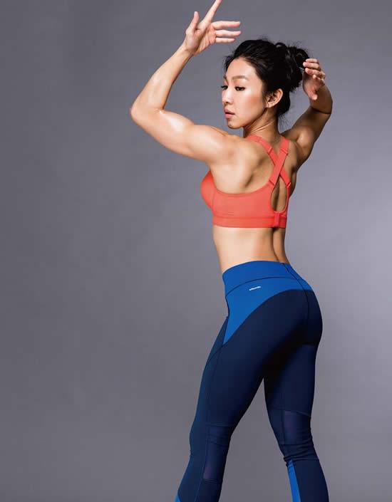 台湾の健康系フィットネスタレントの筋肉ママさん